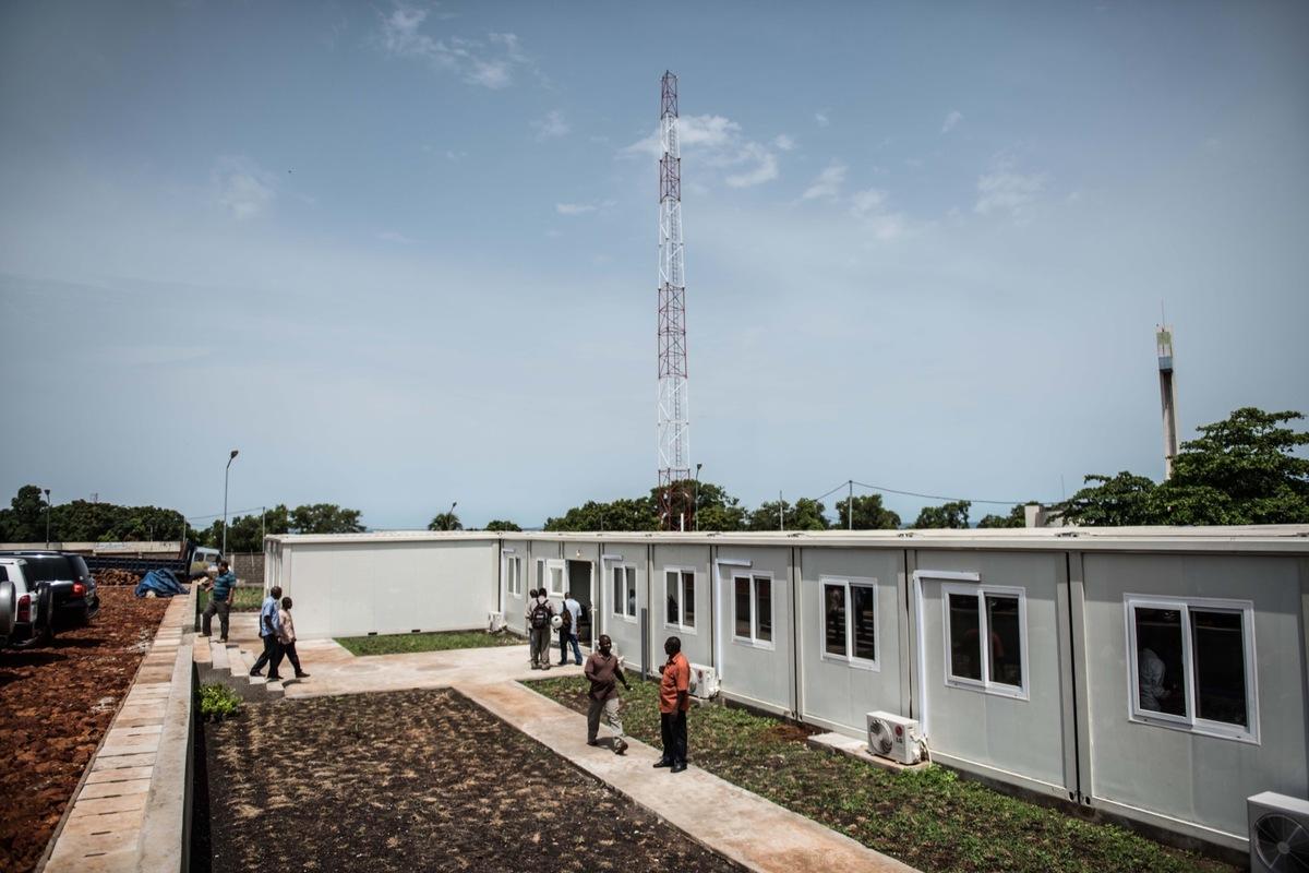 4. EOC.Liberia.Paul.AllenFoundation.Trenchard.DSC_5879.jpg